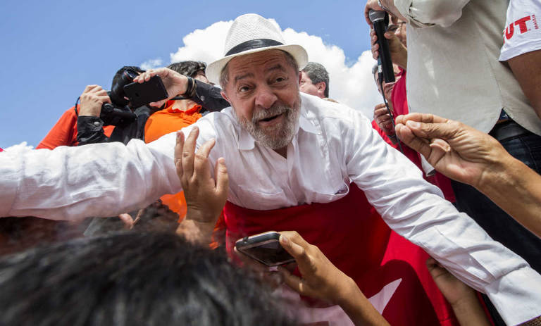 As fantasias de Lula durante sua caravana pelo Nordeste