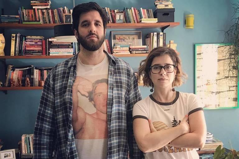 Par romântico emnova série, RafinhaBastos brinca com 'declínio'da carreira de Paloma Duarte