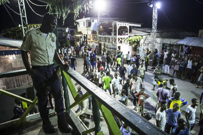 Polícia comunitária no Haiti