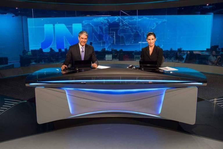 William Bonner e Renata Vasconcellos no novo estúdio do Jornal Nacional