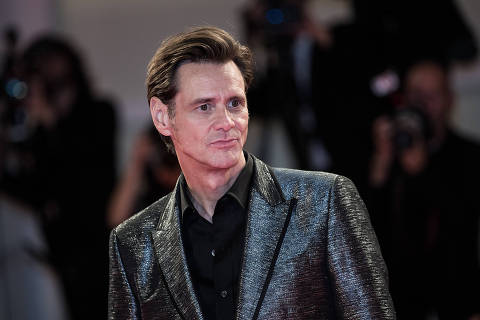 (170906) -- VENICE, Sept. 6, 2017 (Xinhua) -- Actor Jim Carrey attends the premiere of the movie