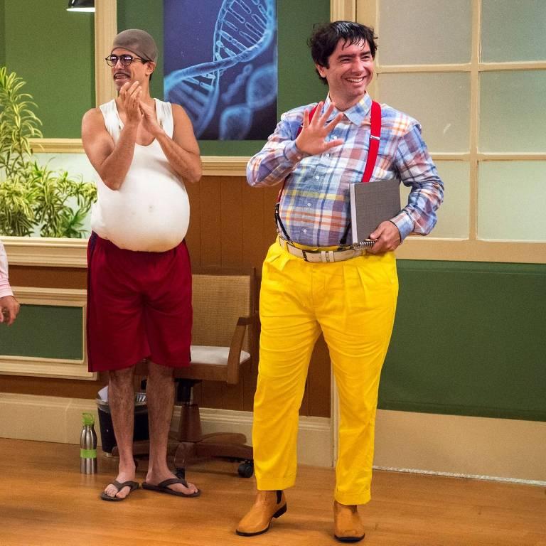 Marco Luque (direita) como Nerso da Capitinga na 'Escolinha do Professor Raimundo'