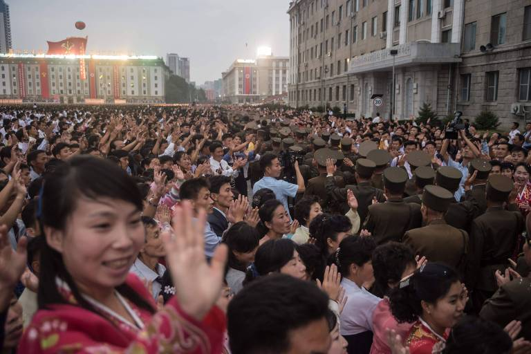 Coreia do Norte comemora sucesso de bomba de hidrogênio