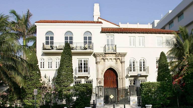 Fachada da mansão do estilista Gianni Versace, morto em 1997, em Miami (EUA)