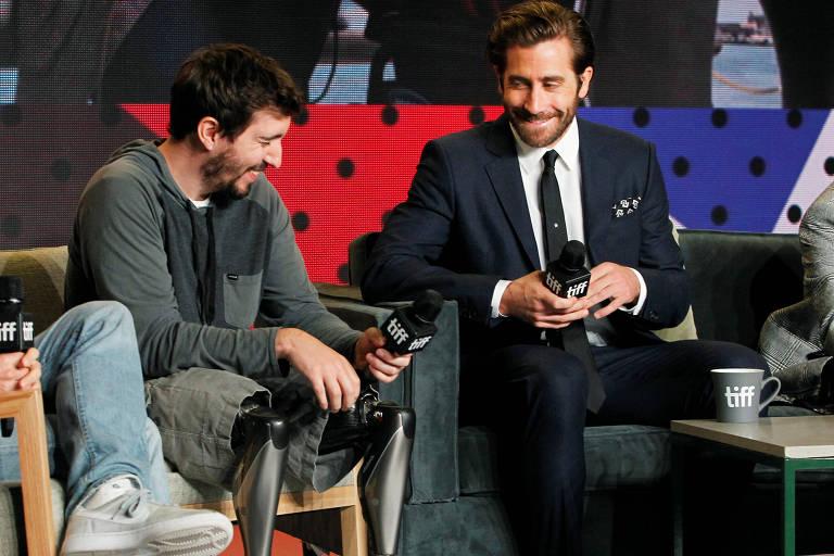 """O ator Jake Gyllenhaal e o autor Jeff Bauman falam em coletiva sobre o filme """"Stronger"""" no festival de Toronto"""