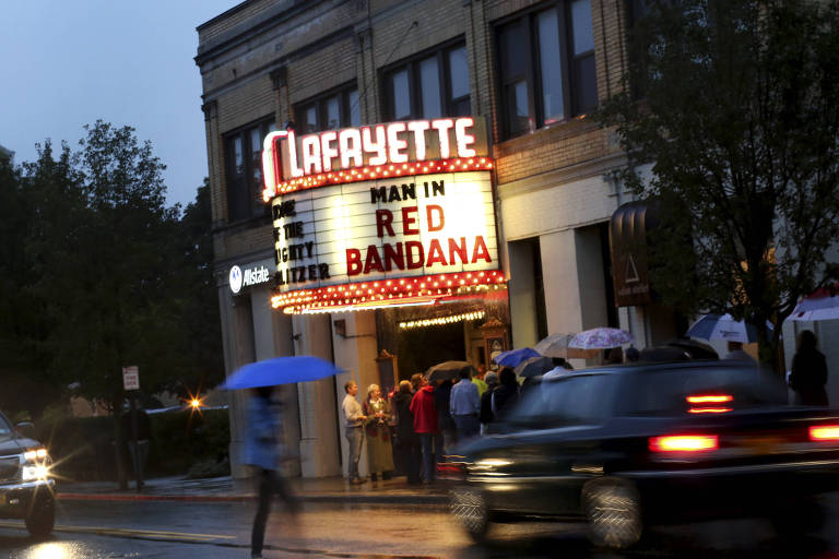 The premiere of the documentary the?Man In Red Bandana,? about a 9/11 hero, at the Lafayette Theater in Suffern, N.Y., Sept. 6, 2017. Welles Crowther, a rookie equities trader from Upper Nyack, rescued at least 10 people at ground zero and became known as the Man in the Red Bandana for the red handkerchief he wore over his face. (Yana Paskova/The New York Times)