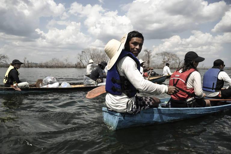 Canoada por Belo Monte