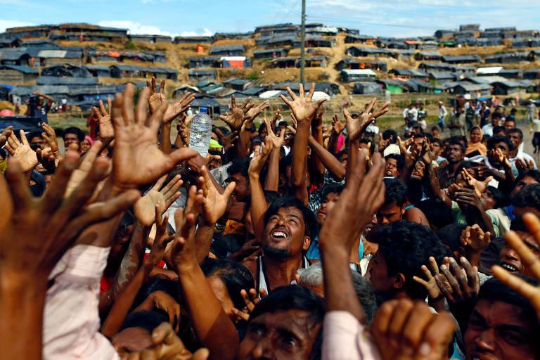 Rohingyas fogem de viol�ncia