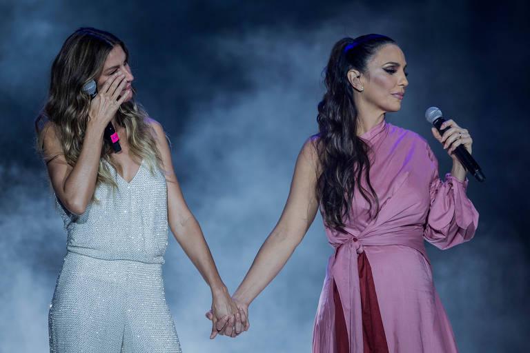 Gisele Bündchen se emociona ao lado de Ivete Sangalo no palco Mundo
