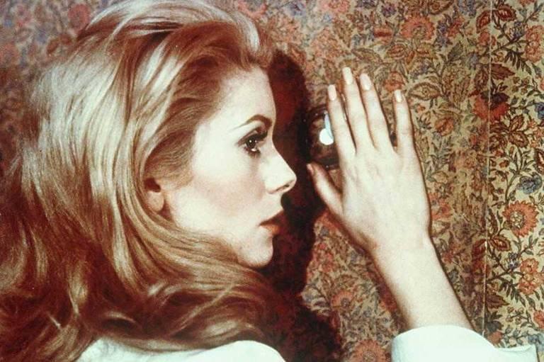 A atriz Catherine Deneuve como a Séverine de Luis Buñuel em 'A Bela da Tarde', de 1967