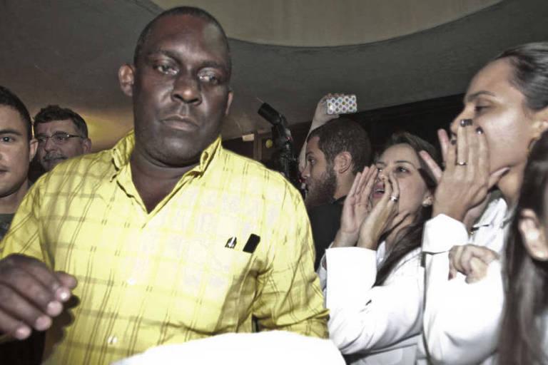RI Rio de janeiro (RJ) 16/09/2017 Guerra de traficantes no morro do Juramento. Grupos de traficantes rivais entram em confroto no morro do Juramento deixando v�rios mortos. Foto Domingos Peixoto / Ag�ncia o Globo