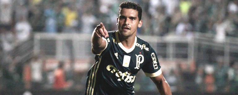 Jean comemora gol do Palmeiras no Pacaembu Rubens Cavallari/Folhapress