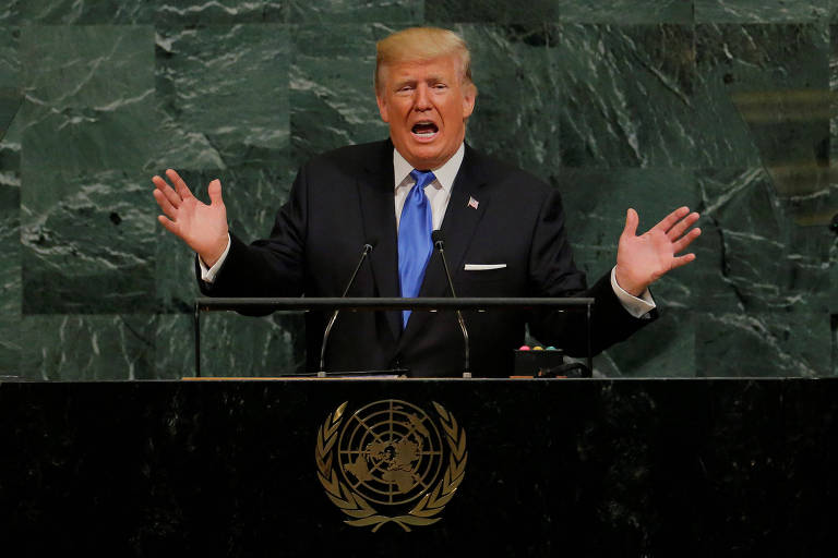 TOPSHOT - US President Donald Trump addresses the 72nd Annual UN General Assembly in New York on September 19, 2017. / AFP PHOTO / TIMOTHY A. CLARY ORG XMIT: TC015