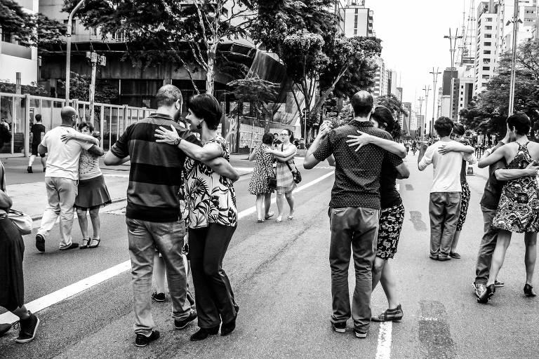 O Movimento Tango na Rua é um dos participantes do novo evento de dança do Sesc 24 de Maio