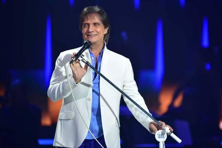Roberto Carlos acaba de lançar primeiro single em parceria com Alejandro Sanz