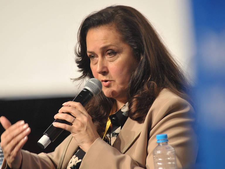 A secretária de Urbanismo Heloisa Proença fala no seminário sobre a Revitalização do Centro – Reinaldo Canato/Folhapress
