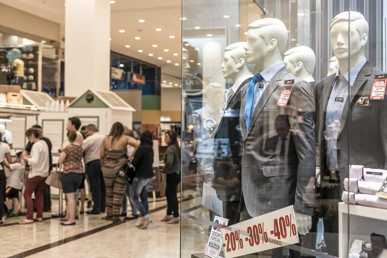 Ausência da figura paterna prejudica vendas de Dia dos Pais, dizem especialistas