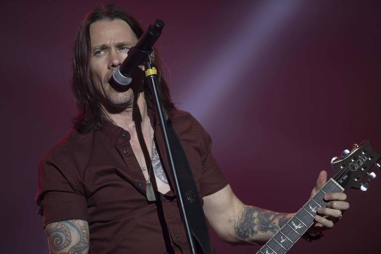 Myles Kennedy, vocalista da banda Alter Bridge, em show no Rock in Rio