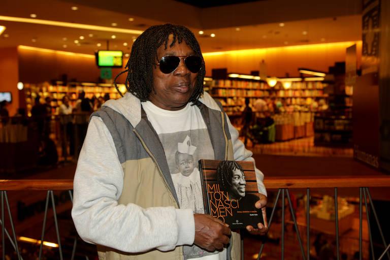 """Lançamento do livro """"Milton Nascimento: Letras, Histórias e Canções"""""""