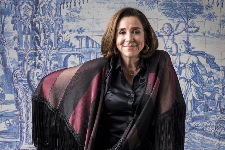 """Marisa Orth durante lançamento da novela """"Tempo de Amar"""" (Globo)"""
