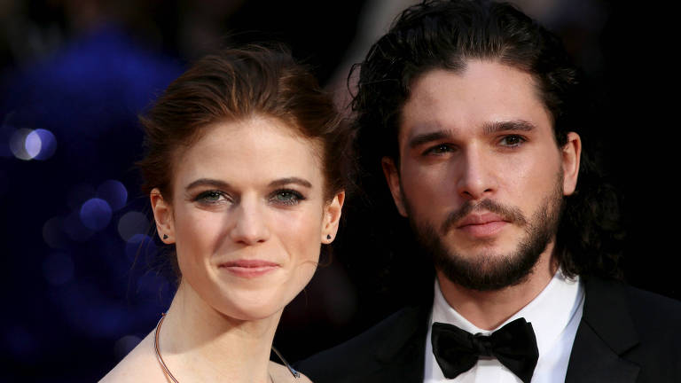 O ator Kit Harington e a atriz Rose Leslie no Olivier Awards, na Royal Opera House em Londres