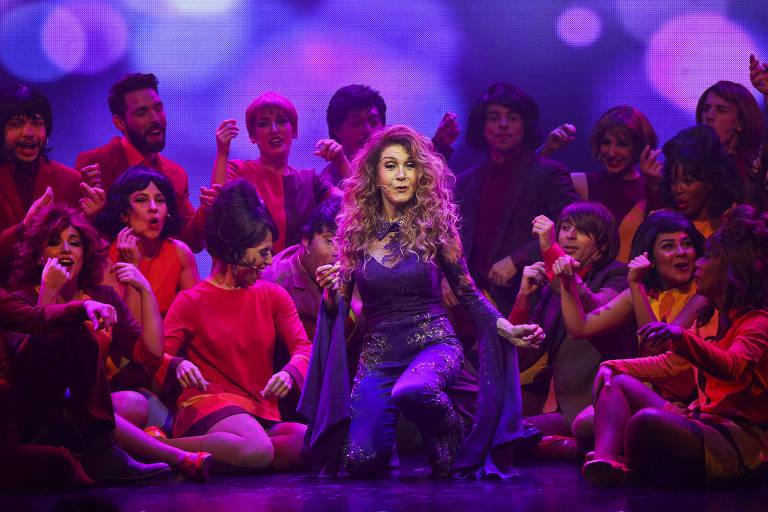 "A cantora Wanderléa no musical ""60! Década de Arromba"""
