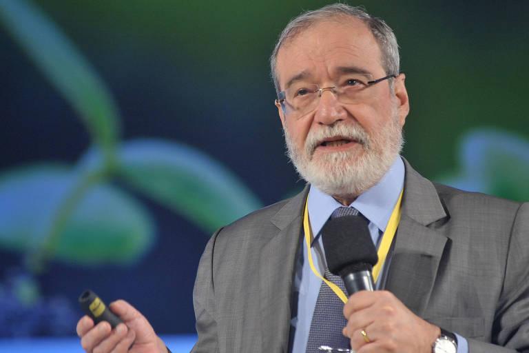 Everardo Maciel, ex-secretário da Receita Federal, no 2º Forum de Economia Limpa, realizado pela Folha