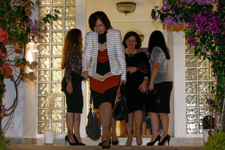 Ministra Cármen Lúcia reúne 'mulheres poderosas' do Judiciário em jantar