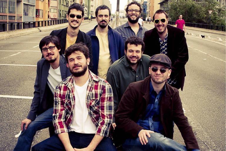 O grupo Urubus Malandros se apresenta no Sesc Belenzinho