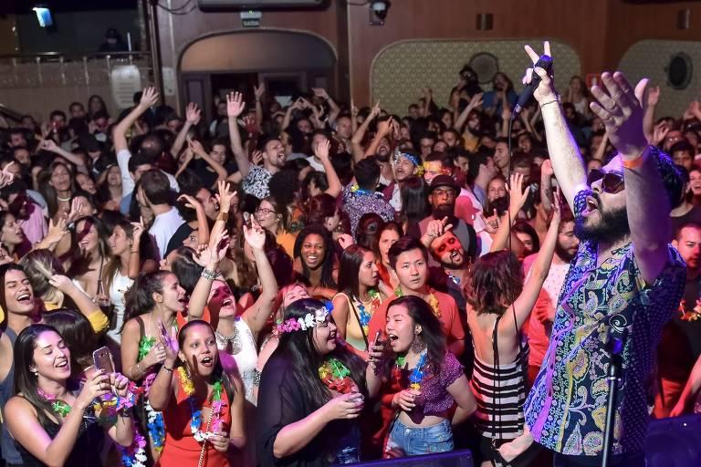 Com decoração temática de Primavera, festa QBeleza! ocupa o Centro Cultural Rio Verde