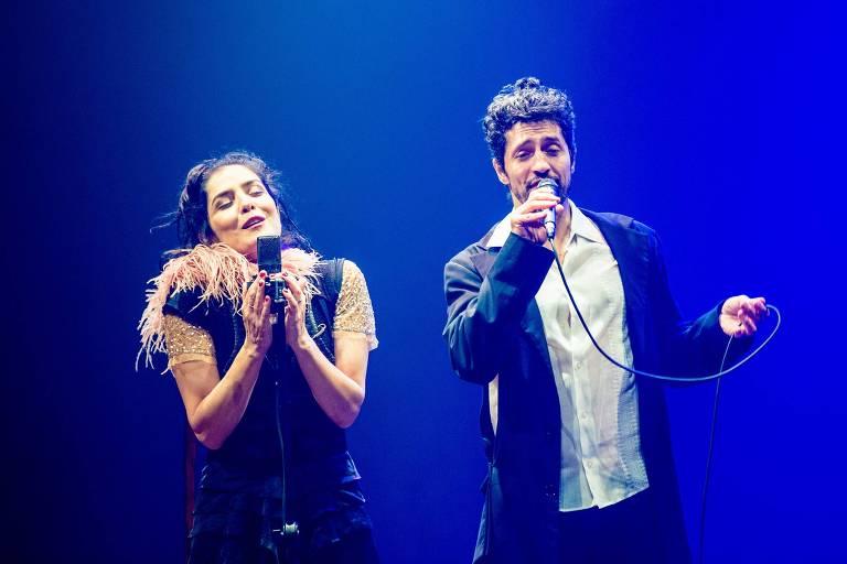 Espet�culo 'A Vida em Vermelho', com Let�cia Sabatella e Fernando Alves Pinto