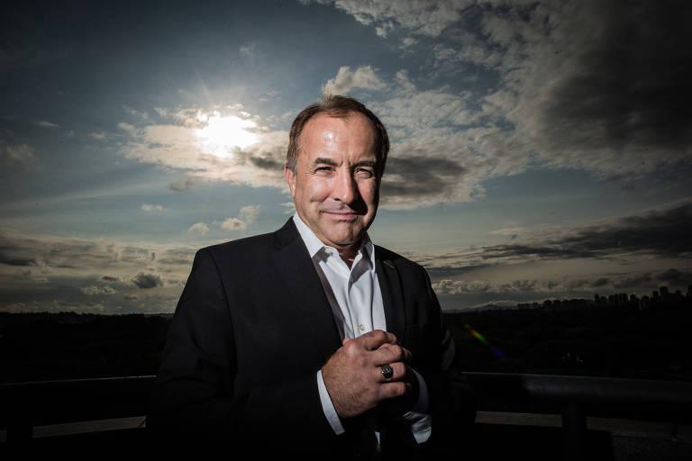 O historiador científico e escritor Michael Shermer