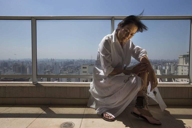A doleira Nelma Kodama, com a tornozeleira que acabou retirando em agosto