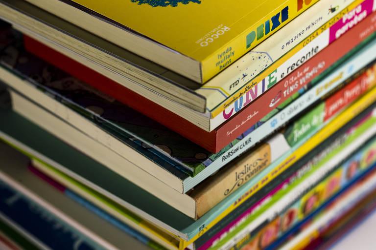 Conheça dez opções de clubes de livros feitos para crianças