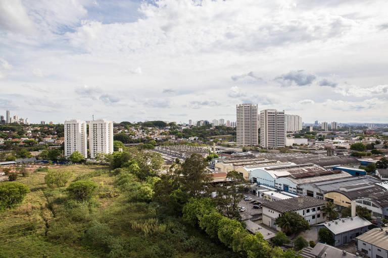Vista da Vila Anastácio a partir de apartamento no Quintas da Lapa