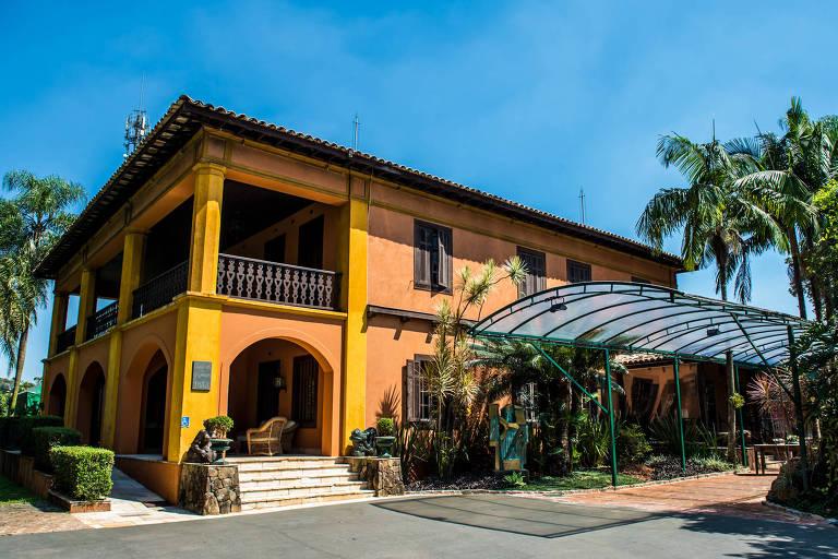 Casa da Fazenda, construída em 1813 no Morumbi pelo regente Diogo Antônio Feijó, foi reformada após estrutura ruir parcialmente nos anos 1920