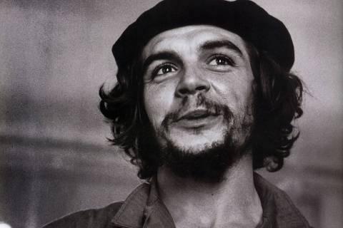 LOCAL E DATA DESCONHECIDA: O guerrilheiro Ernesto Che Guevara. (Foto: Divulgação) ***DIREITOS RESERVADOS. NÃO PUBLICAR SEM AUTORIZAÇÃO DO DETENTOR DOS DIREITOS AUTORAIS E DE IMAGEM***