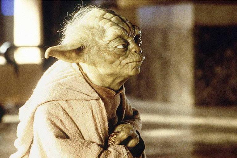 """Yoda, de """"Star Wars"""", era um bonecos nos primeiros filmes - e foi criado com efeitos especiais nos últimos"""