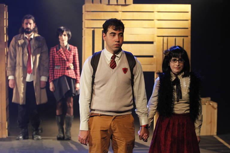 Espetáculo 'dadesordemquenãoandasó', com texto do escocês Davey Anderson.