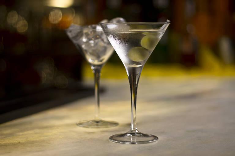 Fred Astaire dos coquetéis, dry martini tinha como fãs Buñuel e até James Bond