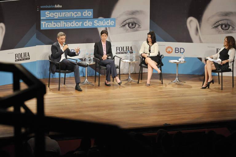 Sirleide Lira, Mara Machado, Alcyone Artioli Machado no debate Segurança do Trabalhador de Saúde