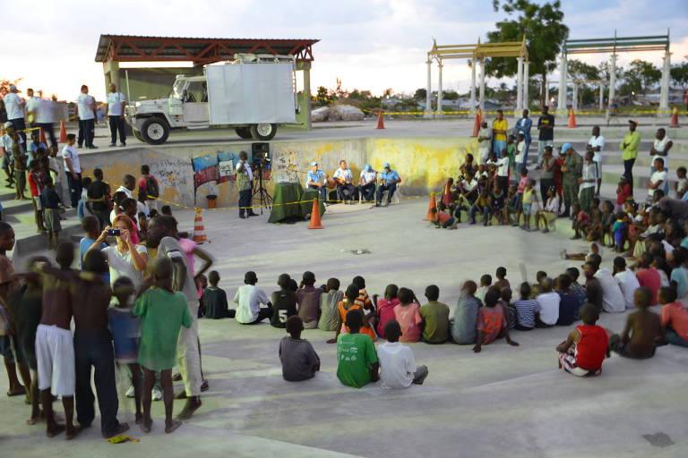 Grafias Negras Na 2ª Guerra E No Haiti Soldado Brasileiro