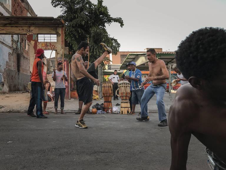 Capoeira na cracolândia