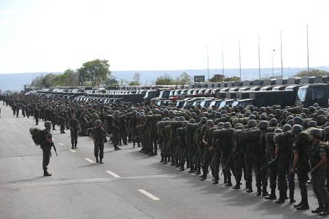 Sem Orçamento, verba do governo para pagar salário de militares acaba em abril