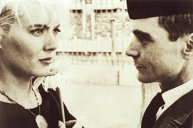 Cena do filme 'Cléo das 5 às 7', da diretora Agnès Varda