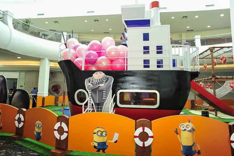 """Parque de diversões inspirado em """"Meu Malvado Favorito 3"""" no Mooca Plaza Shopping"""