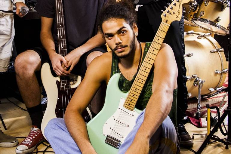 """Em """"Rock Story"""", Enzo Romai interpretava o guitarrista Jaílson"""