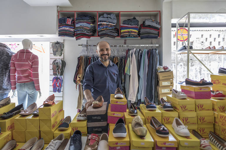 Delvan Batista Almeida, 42, a micro-entrepreneur in the Paraisópolis favela in São Paulo; he owns M&A Modas (M&A Fashion)