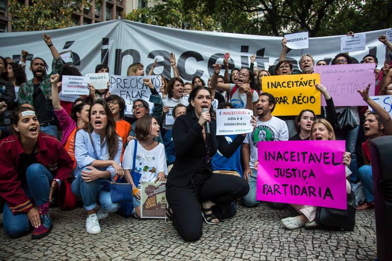 Protesto de artistas contra Temer