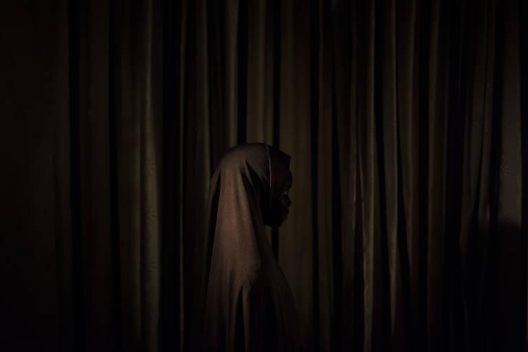 Hadiza, 16, foi recrutada como mulher-bomba ap�s se recusar a casar com terrorista do Boko Haram